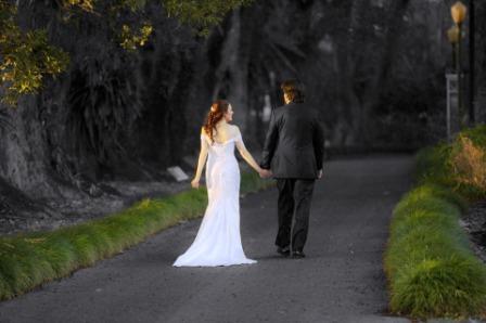 bride+groom+walking