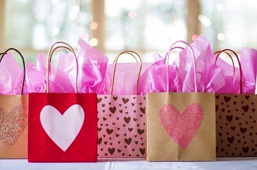 valentines+day+packages+hearts